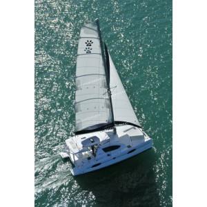 ทัวร์เกาะเฮ +ชมพระอาทิตย์ตก+ปาร์ตี้บนเรือ ด้วยยอร์ช Catamaran 1 Day Trip
