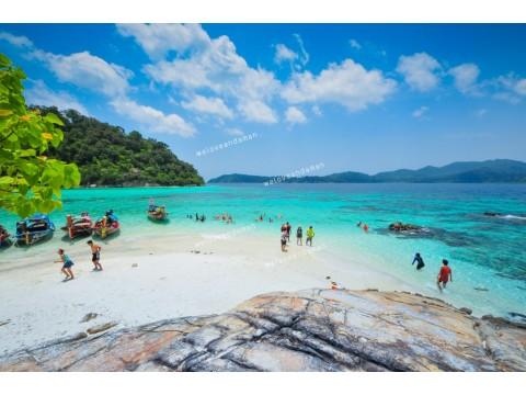 แพคเกจทัวร์ เกาะหลีเป๊ะ + ห้องพัก + เรือรับส่งเกาะ + รถรับส่งสนามบิน (2วัน 1คืน)  (Extra Package)