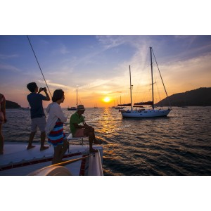 ทัวร์เกาะไม้ท่อน ด้วยเรือยอร์ชกาตามารัน+ ชมพระอาทิตย์ตก  : แบบเหมาลำเรือ (ไม่เกิน 6 ท่าน)
