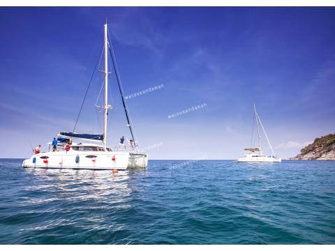 แพคเกจเกาะไม้ท่อนเรือยอร์ช Catamaran+ล่องเรือยอร์ชภูเก็ต Hype Luxury Boat Club ปาร์ตี้บนเรือใบสุดหรู+ชมโชว์สยามนิรมิตและDinner พร้อมที่พัก(ภูเก็ต) และรถรับ-ส่ง สนามบิน (4 วัน 3 คืน)